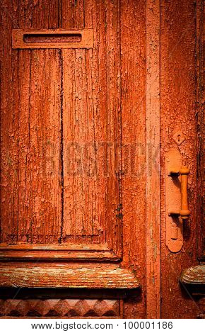 The old vintage wooden doors