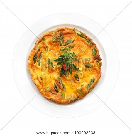 Omelet With Asparagus And Tomato