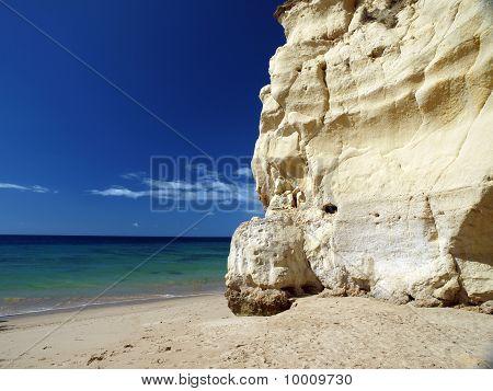 the idyllic Praia de Rocha beach