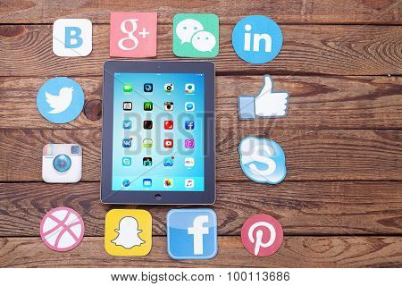 Kiev, Ukraine - August 22, 2015: Famous Social Media Icons Such As: Facebook, Twitter, Blogger, Link