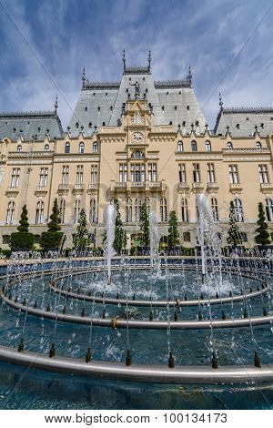 Iasi, Romania - 23 May 2015: Iasi Cultural Palace Being Restaurated With A Beautiful Green Park On A