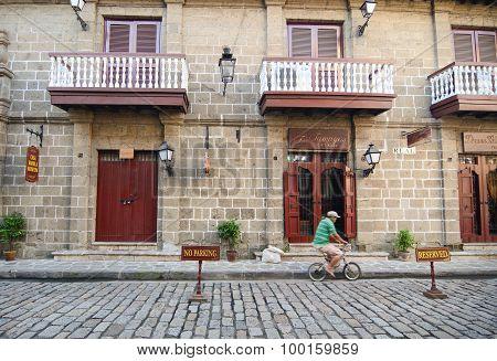 Colonial Building In Intramuros