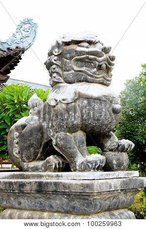 kylin stone statue