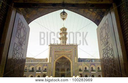 Door of shrine of Imam Ali al-Rida
