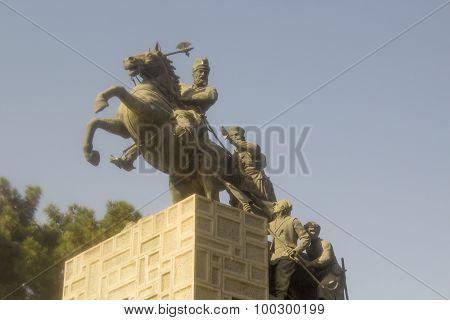 Nadir Shah Statue