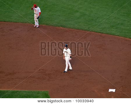Giants Buster Posey Takes Lead From Second With Jimmy Rollins Standing At Shortstop