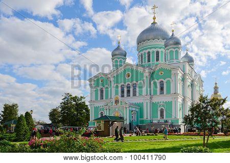 Trinity Cathedral Of Holy Trinity Seraphim-diveevo Monastery, Diveevo, Russia