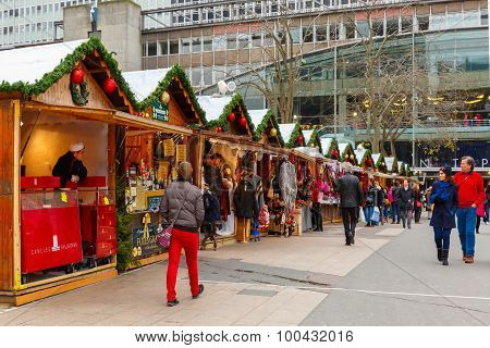 Christmas Market in Montparnasse, Paris