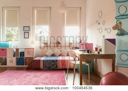 Snug Room For Teenager