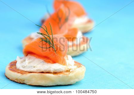 Bite size smoked salmon appetisers