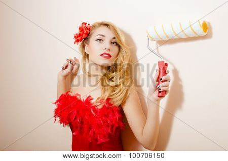 Blonde with roller brush
