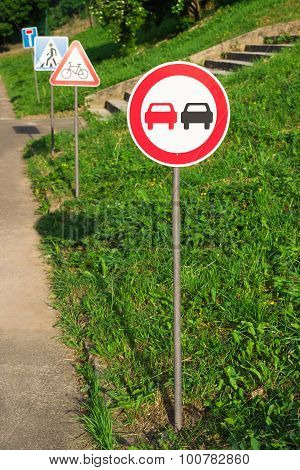 No Overtaking Sign On The Training Kids Road