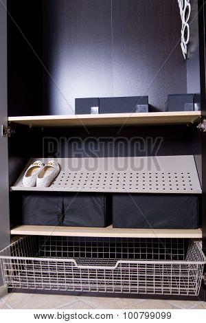 empy cupboard