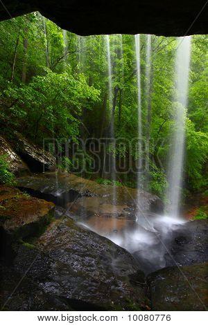 Cascada en el norte de Alabama