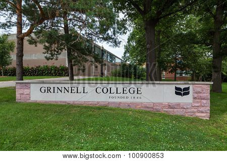 Entrance Sign On The Campus Of Grinell College