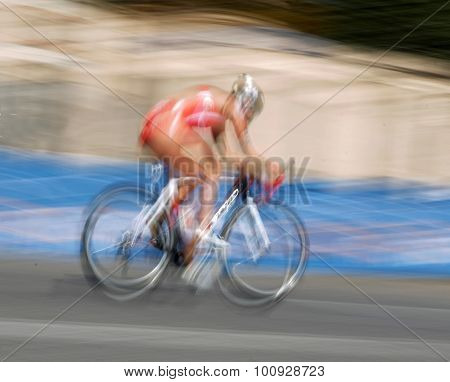 Very Rapid Bicycle, The Speed Makes It Unsharp