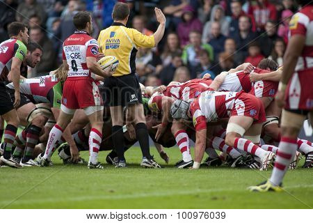 TWICKENHAM, ENGLAND. 17 SEPTEMBER 2011. A scrum during the Aviva premiership rugby union match between Harlequins and Gloucester played at The Stoop Twickenham.