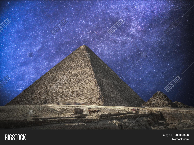 Pyramids Giza Image & Photo (Free Trial) | Bigstock