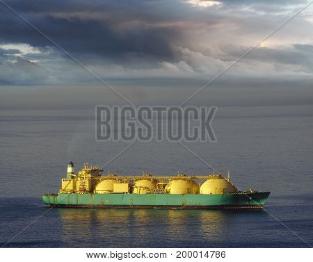 Tanker Lng in the sea,She sails to the port of Tenerife,Spain