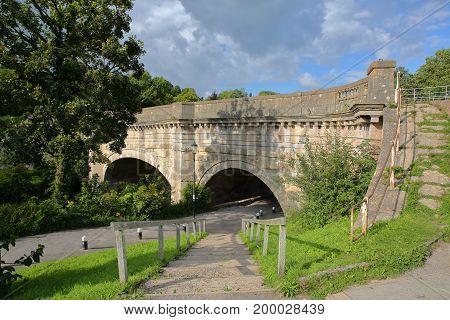 The Avoncliff Aqueduct near Bradford on Avon, UK