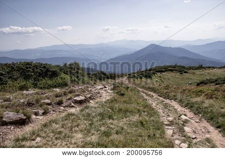 Days in the mountains spectacular scenery mountian road