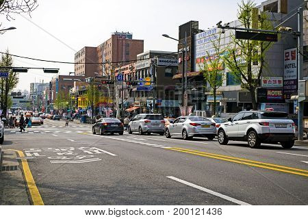 Seoul, Korea - April 08, 2017: Traffic Street View In Itaewon Town In Seoul. Itaewon Is Widely Known