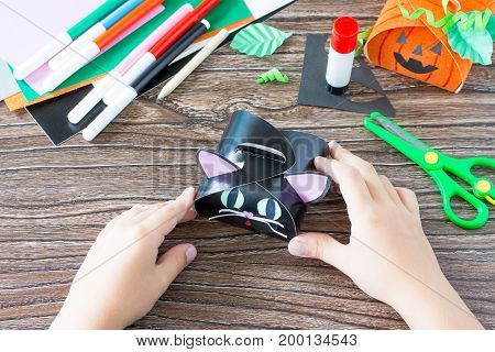 Create A Gift Box Black Cat Halloween. The Child Puts The Details Of Application Of The Box. Childre