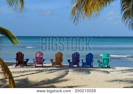 aruba beach sandy white-sand sand aruban seascape landscape cove secluded coast; coastal; coastline shore shoreline beautiful; scenic; views; tropical travel; carribean; beauty gorgeous scenic views bluffs vacation horizon blue-skies blue tropical tropics
