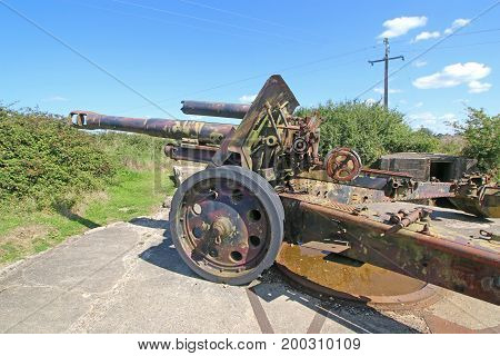 Vintage field gun from the second world war