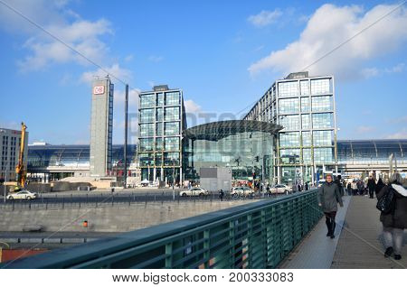 German People And Foreigner Travelers Walking At Front Of Berlin Hauptbahnhof Railway Central Statio