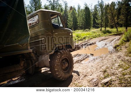 Heavy Powerful Truck-terrain Vehicle With Off-road Wheels