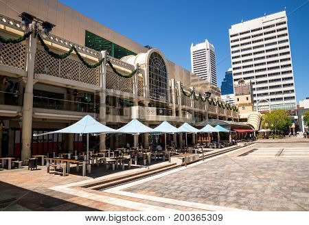 WESTERN AUSTRALIA, PERTH - NOVEMBER 2016: A view of Forrest Place Square Central Myer Shopping Mall and cafe