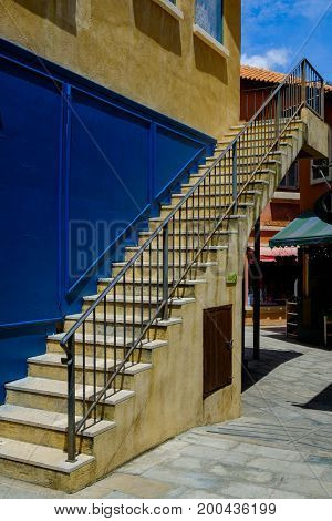 Sement stairs with line for separated up or down