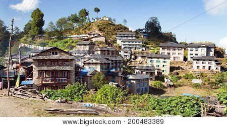 Khiji Bazar village trek to Everest area eastern Nepal
