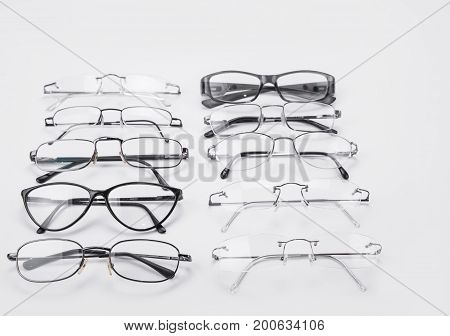 Plastic and metal dioptrical farmes for men and women