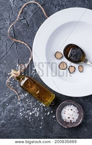 Truffle Mushroom With Oil And Salt