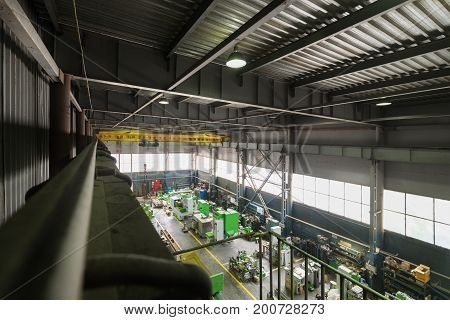 Assembly shop, production of metal-cutting machine tools. View from above.