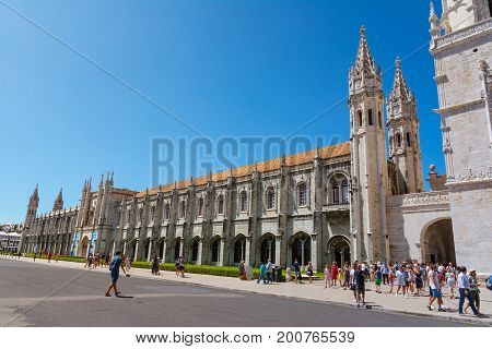 Mosterio Dos Jeronimos Architecture Destination Sightseeing Exterior On Hot Summer Day August 2017