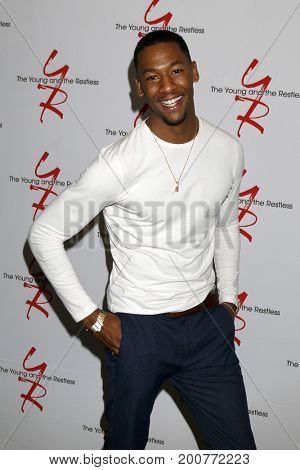 LOS ANGELES - AUG 19:  Darnell Kirkwood at the Young and Restless Fan Event 2017 at the Marriott Burbank Convention Center on August 19, 2017 in Burbank, CA