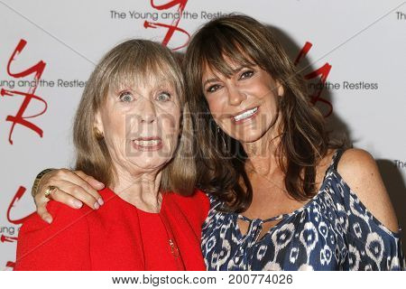 LOS ANGELES - AUG 19:  Marla Adams, Jess Walton at the Young and Restless Fan Event 2017 at the Marriott Burbank Convention Center on August 19, 2017 in Burbank, CA