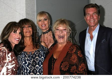 LOS ANGELES - AUG 19:  Kate Linder, Jess Walton, Eileen Davidson, Beth Maitland, Peter Bergman at the YnR Fan Event 2017 at the Marriott Burbank Convention Center on August 19, 2017 in Burbank, CA