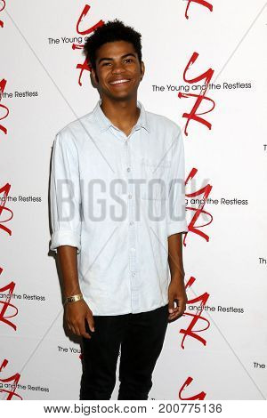 LOS ANGELES - AUG 19:  Noah Alexander Gerry at the Young and Restless Fan Event 2017 at the Marriott Burbank Convention Center on August 19, 2017 in Burbank, CA