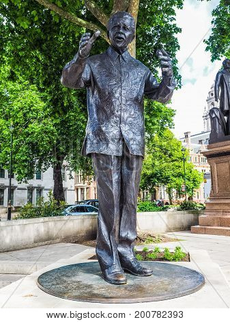 Mandela Statue In London (hdr)