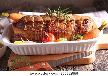 roast beef with vegetable and sauce