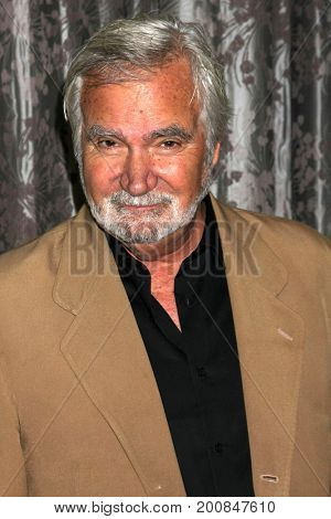 LOS ANGELES - AUG 20:  John McCook at the Bold and the Beautiful Fan Event 2017 at the Marriott Burbank Convention Center on August 20, 2017 in Burbank, CA