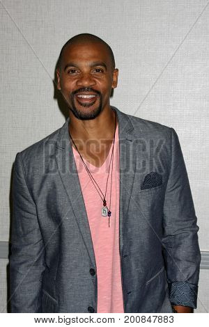 LOS ANGELES - AUG 20:  Aaron D Spears at the Bold and the Beautiful Fan Event 2017 at the Marriott Burbank Convention Center on August 20, 2017 in Burbank, CA