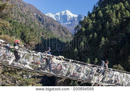 Everest Base Camp Trek/nepal - October 19, 2015: Suspension Bridge Over The Gorge In Sagarmatha Nati