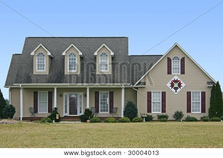 House with Quilt Block