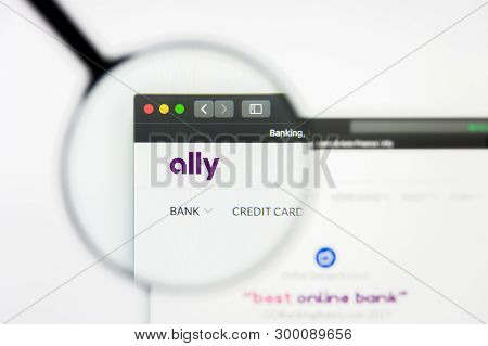 Richmond, Virginia, Usa - 8 May 2019: Illustrative Editorial Of Ally Financial Inc Website Homepage.