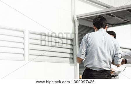 Business People Meeting Discussion Concept - Close Up Behind Of Asia Business Man Standing Meeting A